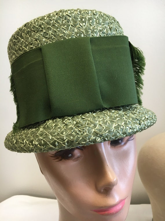 Vintage 1960's Olive Green Woven Straw Mod Bucket