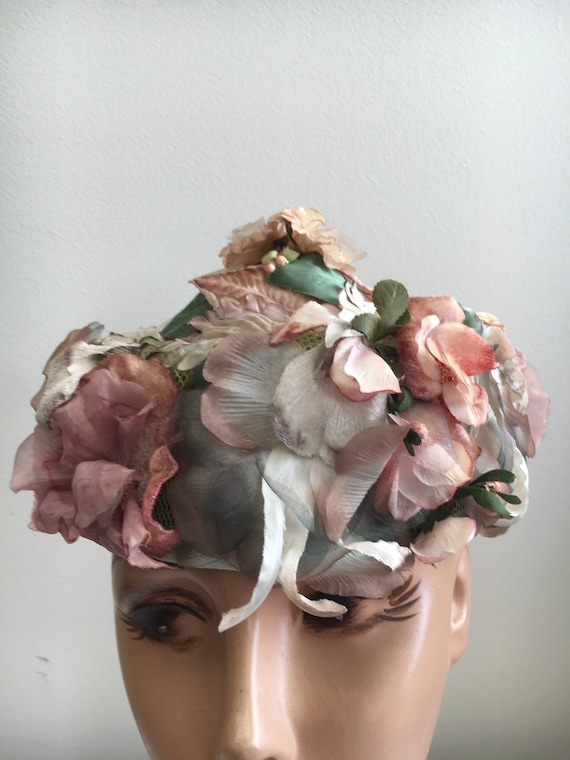Cutts Mauve And Beige Floral Coolie Hat