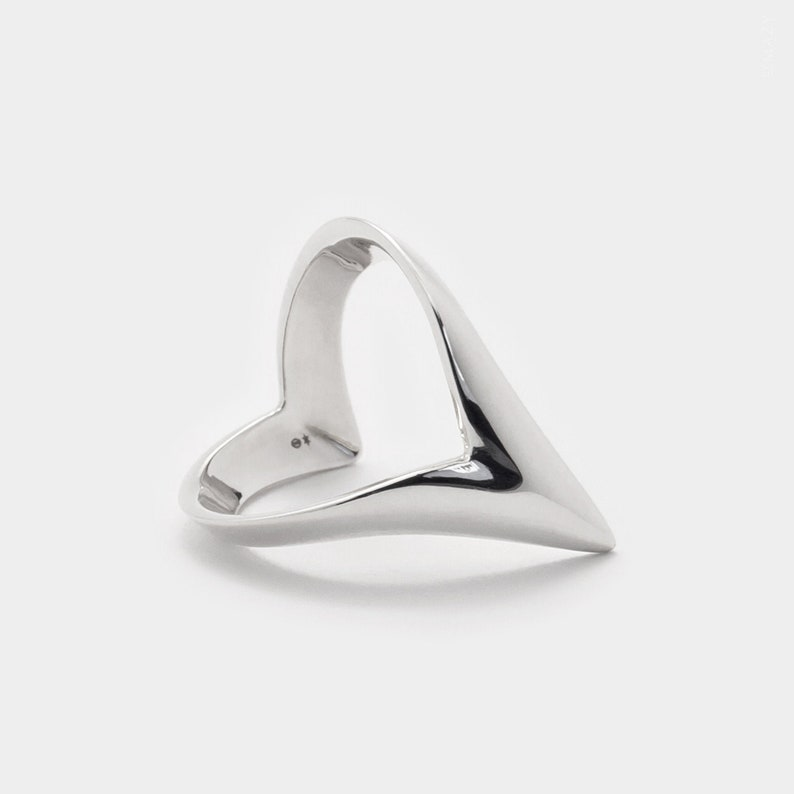 Pointy Wishbone Ring Wish Ring Chevron Ring Silver Thumb Ring image 0