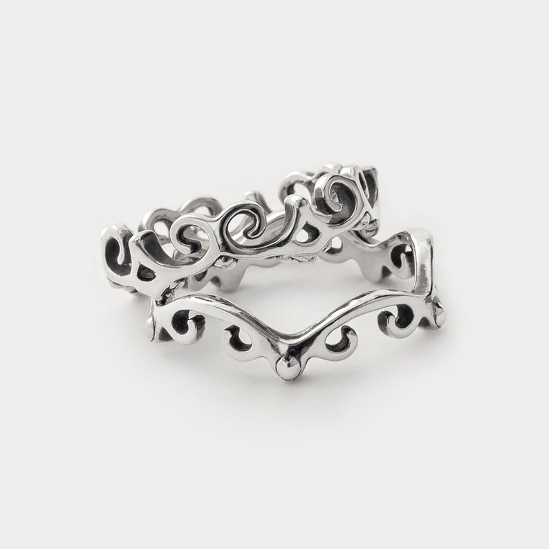 Sterling Silver Dainty Ring Wavy Ring Stacking Rings Set image 0