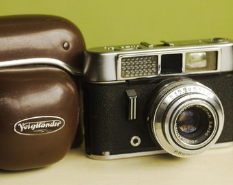 Voigtlander Vito CL 35mm viewfinder film camera with case