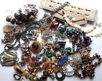 Mixed Items & Lots Jewelry & Watches Job Lot Of Broken Costume Jewellery Necklaces Bracelet Brooch Harvest Repair