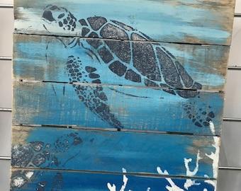 Beautiful Sea Turtle Pallet Wood Art, Reclaimed Wood Art, Ocean Art, Marine Art,  Green Turtle Wall Art, Coastal Decor