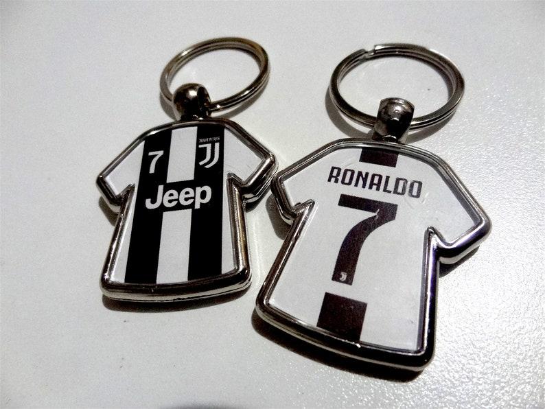 official photos 703de ace3b Cristiano Ronaldo #7 Juventus CR7 soccer jersey keychain party favor