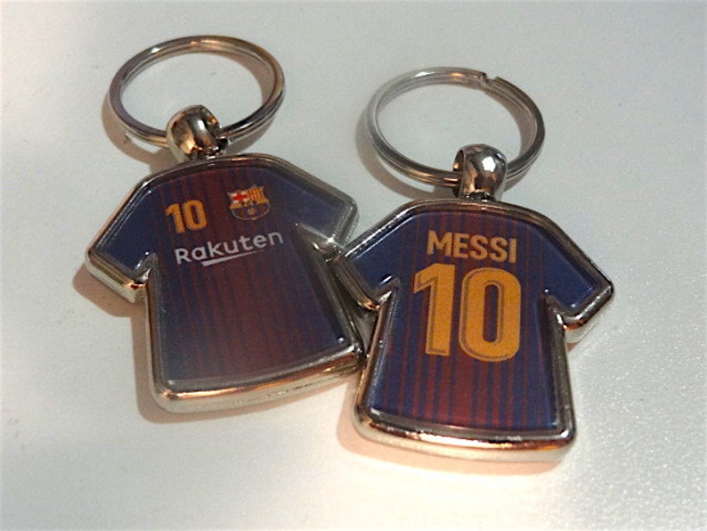 cheap for discount 3a858 3689c Messi #10 FC Barcelona soccer jersey keychain party favor
