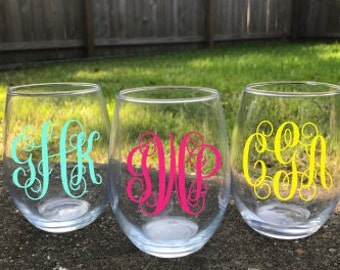 Wine Glass, Stemless Wine Glass, Monogrammed Wine Glass, Personalized Wine Glass, Custom Wine Glass, Bridal Party Gift, Bridesmaid gift