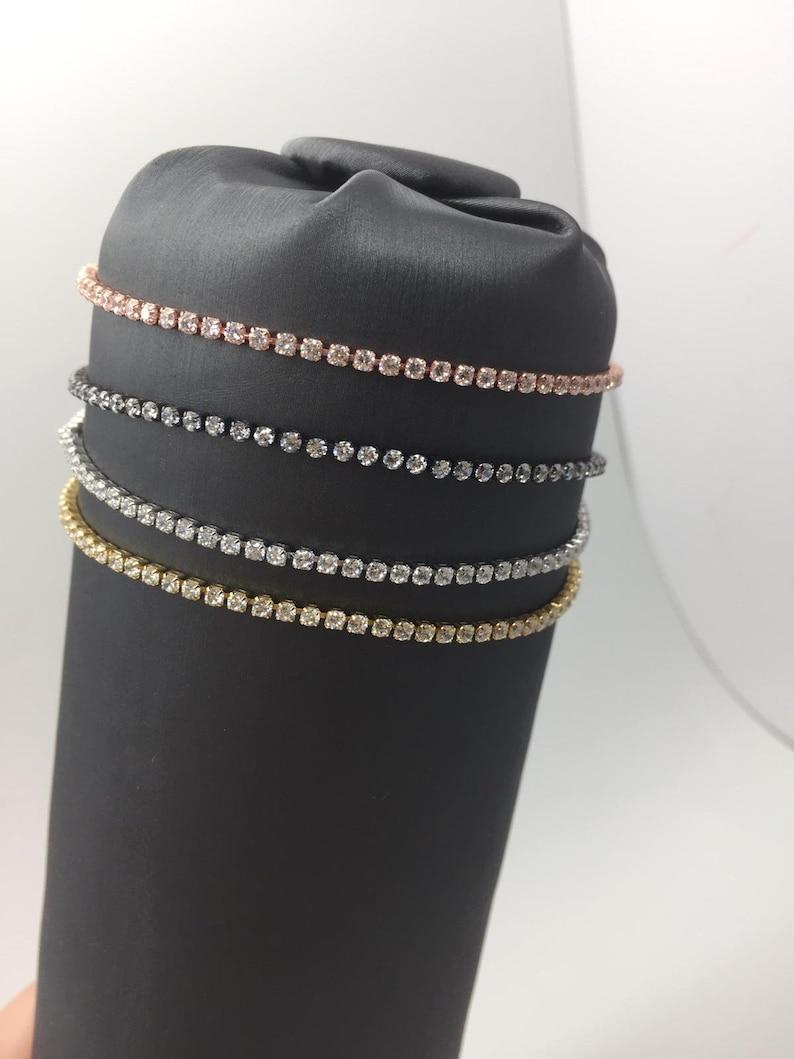 Tennis bracelet adjustable