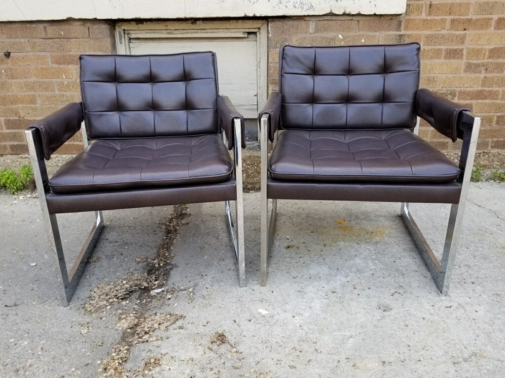 Vintage Pair Of Mid Century Milo Baughman Styled Flat Bar Tufted Leather All Original Arm Chairs For Thayer Coggin
