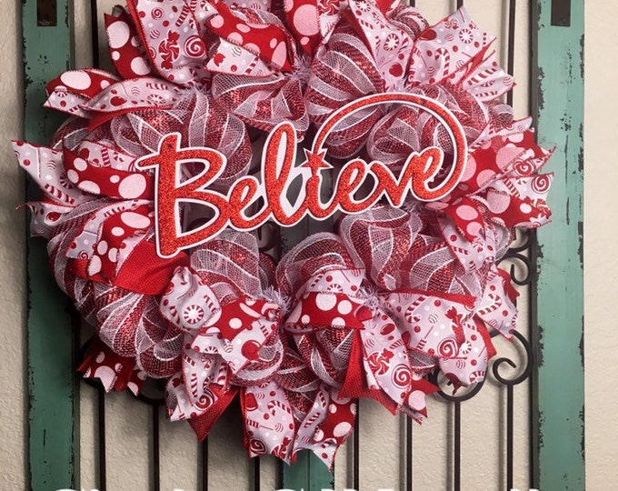 Holiday Wreath (FREE SHIPPING)