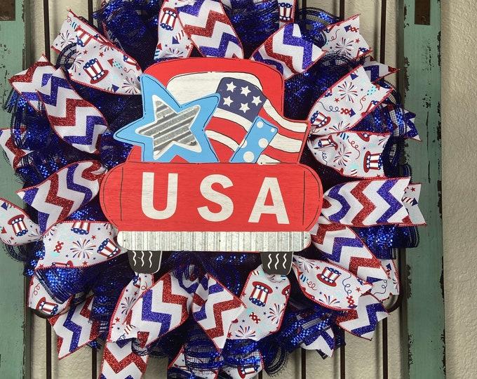 LAST 1-Patriotic Wreath, 4th of July Wreath, USA Wreath, Truck Wreath