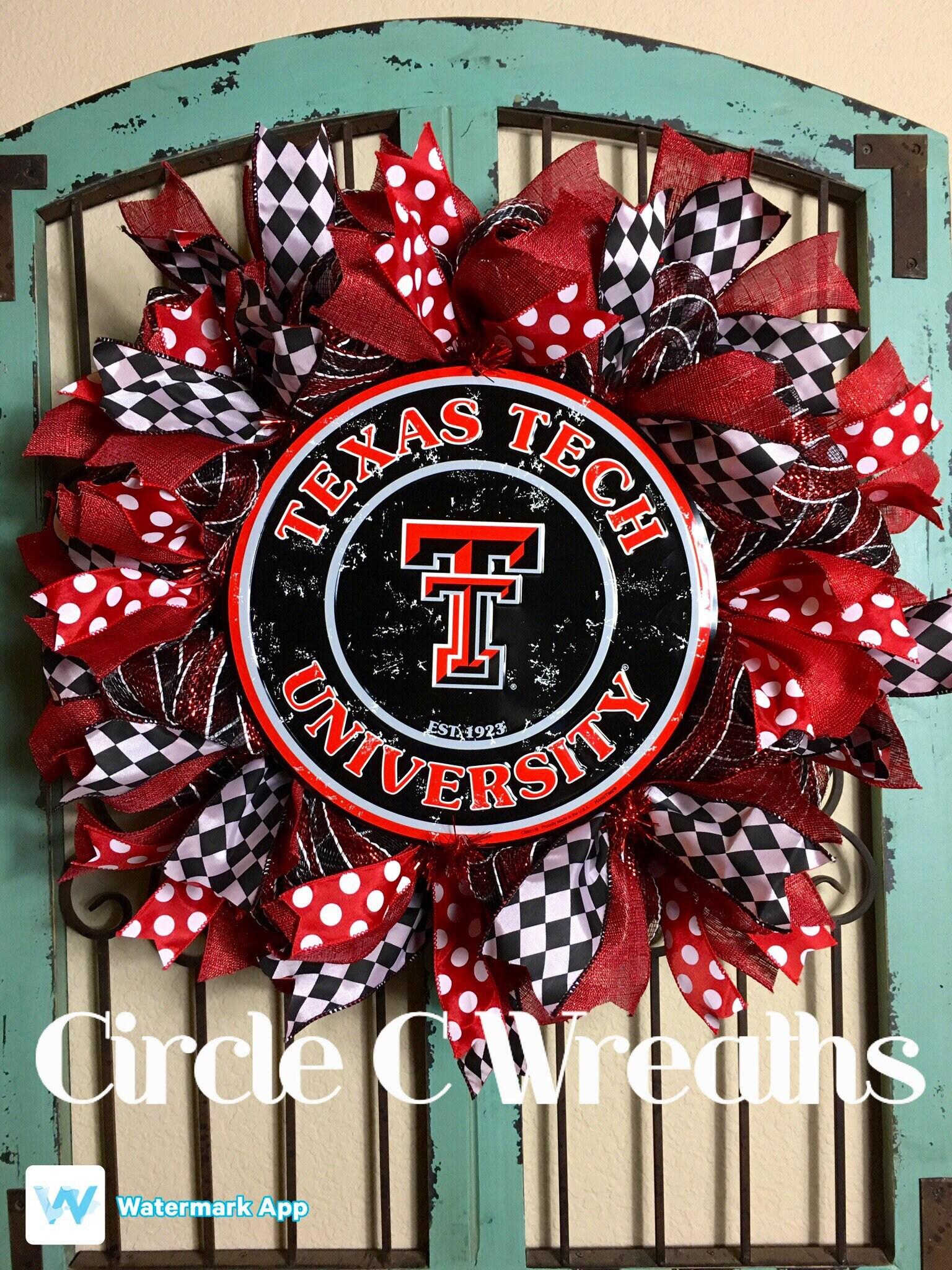Texas Tech University Wreath, Front Door, Guns Up Wreath, Texas Tech Wreath,  Deco Mesh Wreath, Red Raiders, Front Door Wreath