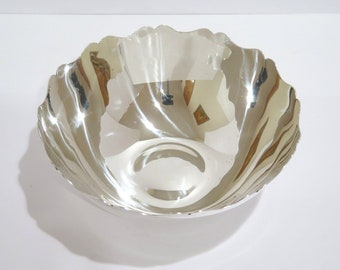 9 in - Sterling Silver Tiffany & Co. Antique Serving Bowl
