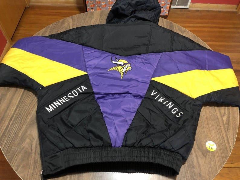 reputable site 4aca0 98b40 vintage Minnesota Vikings purple/gold/black medium winter Jacket NFL pro  player