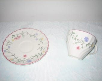 Vintage Johnson Brothers Summer Chintz China Cup And Saucer Set Floral Pattern -  1980s Johnson Brothers China Mint