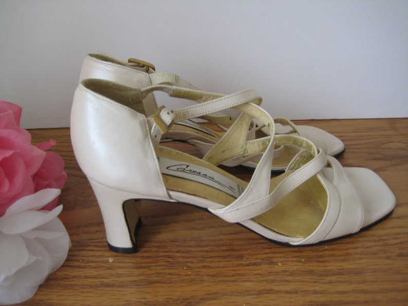 6c603f5158129 Vintage Bone White Shoes Leather Open Toe High heel Shoes By Caressa, Size  6 1/2, 2 1/4 Inch Heels