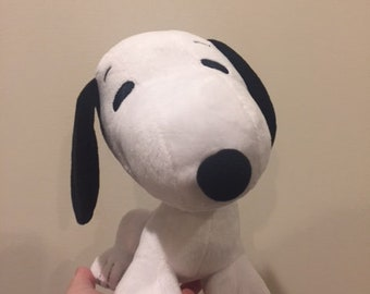 Peanuts Snoopy Plush Toy