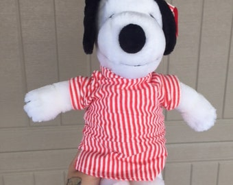 1990s Peanuts Snoopy In Pajamas Plush