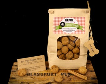 Ships FREE! Dog Snaps, Dog Treats, Gourmet, Homemade Dog Treats, Dog Biscuits, Ginger Snaps, Gift for Dog Lovers, Healthy Ingredients, Fresh