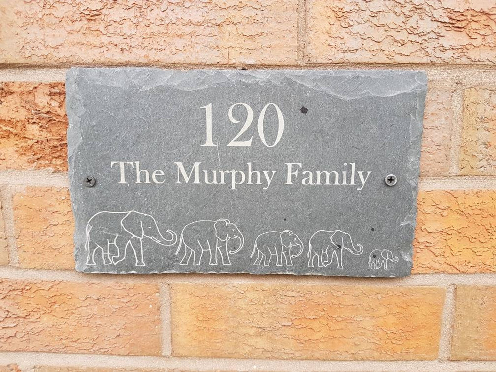 Outdoor house plaque