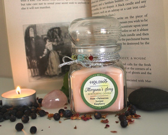 MORGANA'S SONG bewitching candle with rose raspberry juniper and palmarosa,  natural soy wax, rose quartz, love, self-esteem, beauty