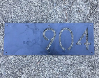 Modern Rectangle Horizontal Metal House Number / Contemporary Address Plaque  / Metal Address Sign / Address Numbers / Mailbox Sign