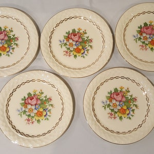Taylor Smith /& Taylor Dinner Plates Rare Gold Filigree Cross Stitch Floral Center Discontinued Pattern Earthenware Flowers Vintage 1940s