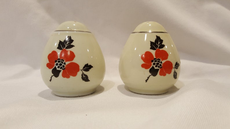 Hall China Red Poppy Teardrop Salt and Pepper
