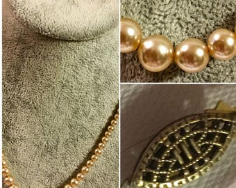 """Vintage Off White Pearl Necklace 8.5"""" Nice Clasp   SKU 006-09"""