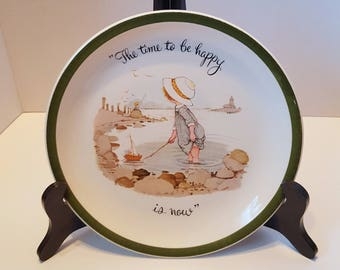"Holly Hobbie 1972 Collectors Plate  ""The Time to be Happy is Now."""