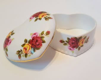 Cottage Rose Fine Bone China Heart Trinket Box with Lid