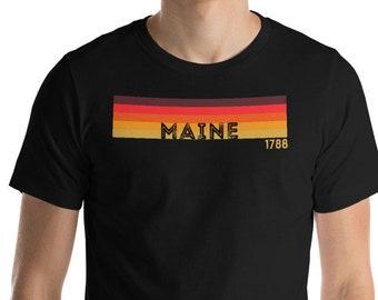 "Retro 1970's Style Maine Funny Home State T-Shirt Gift: ""Retro Maine"" | Maine Shirt | Augusta | Acadia National Park | Casco Bay | Kennebunk"