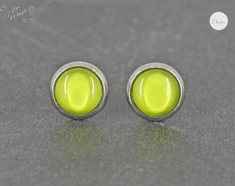 Stud Earrings Stainless Steel cabochon solid green 8 mm * Stainless steel * stud earring