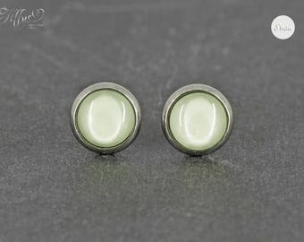 Stud Earrings stainless steel cabochon lime green 8 mm * Stainless steel * stud earring
