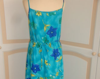 Vintage Blue Yellow and Green flowered Dress.size 14 by AnnaMorella