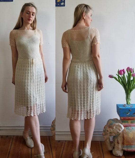 Vintage 1930s Crochet Day Dress. Small - Medium. W