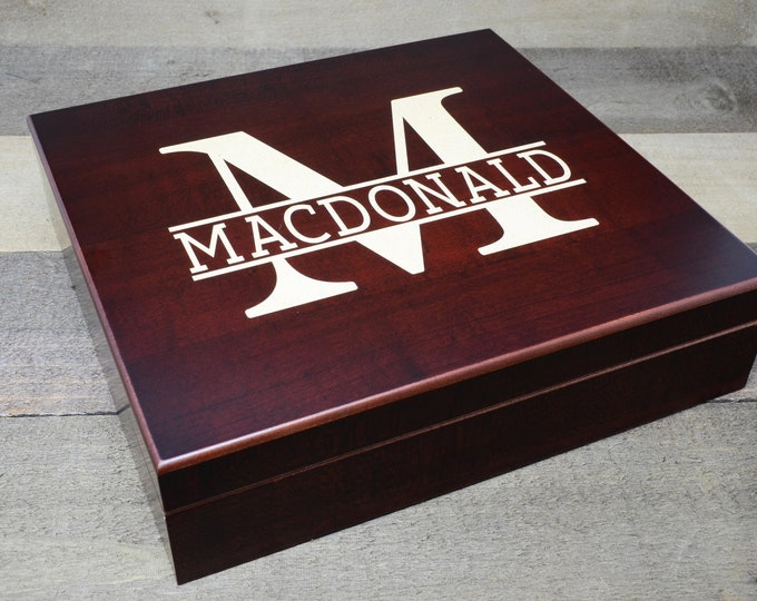 Humidor Cigar Box, Personalized Wood Cigar Humidor Box, Groomsmen Gift, Custom Humidor Cigarette Box