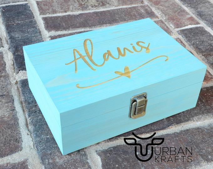 Personalized wood gift box, wooden box, keepsake box, bridesmaid gift box, bridesmaids gifts