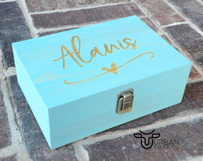 Personalized wood gift box, wooden box, keepsake box, bridesmaid gift box, bridesmaids gifts