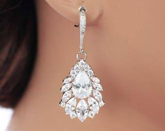 Crystal drop earrings, crystal bridal earrings, crystal bridal jewelry, crystal bridesmaid earrings, crystal wedding jewelry, vintage style