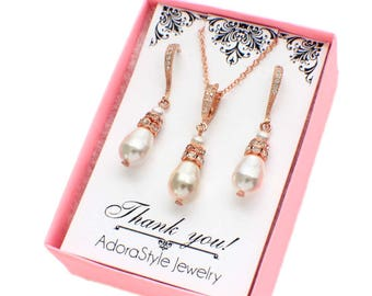 Rose gold bridesmaid gift, pearl bridesmaid jewelry set, pearl bridesmaid gift, pearl bridal jewelry set, wedding jewelry set, pearl set