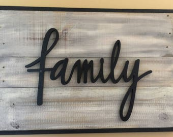 Rustic Wall Sign FAMILY on Gray | Black Wood Family | Farmhouse Decor