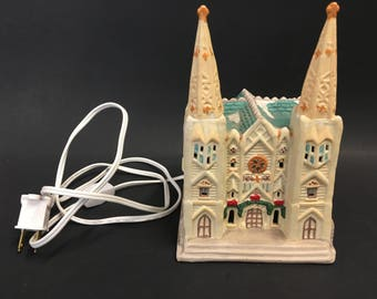 Cathedrals of the World St. Patrick's Cathedral Holiday Village 1991 Giny Inc
