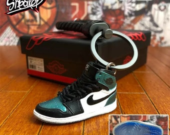 e5122f1120b97d Nike Air Jordan 1 3D Mini Sneaker Keychain with Braided Key Ring Green  White Color for collectibles
