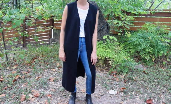 Long Sleeveless Cardigan / Black Sweater Vest / Vi