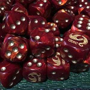 Mega 50mm D6 Die Oxi-Copper with White Extra Large Counter Dice