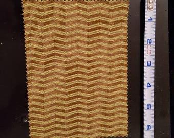 Dollhouse miniature rug/Chevron