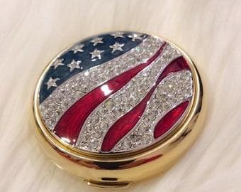 Estée Lauder America the Beautiful Compact