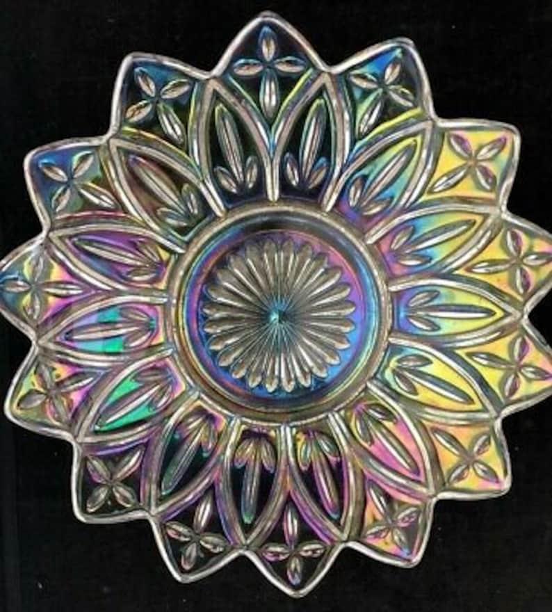 Vintage Iridescent Carnival Glass Bowl Petal Pattern w Metal Base