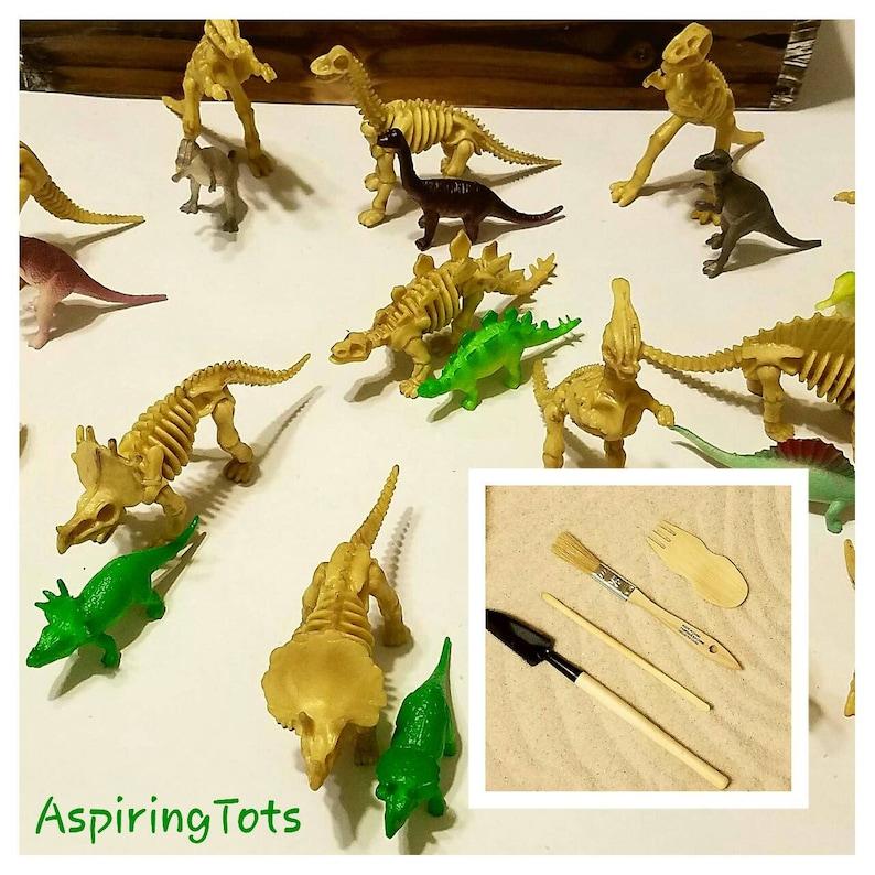 Dinosaur Fossil Dig Dino Small World Play Sandbox Sensory Bin Montessori  Discovery Sand Box Dinosaur Loose Parts Writing Practice Educationa