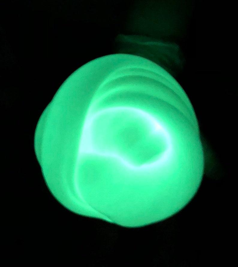 56705523d2f2 Slime Ectoplasm Glow in the Dark 4 oz, Neon Green Clear Slime,  Ghostbusters, Alien Slime, Fast Ship, Slime Party Favor Toy, Slime Gift,